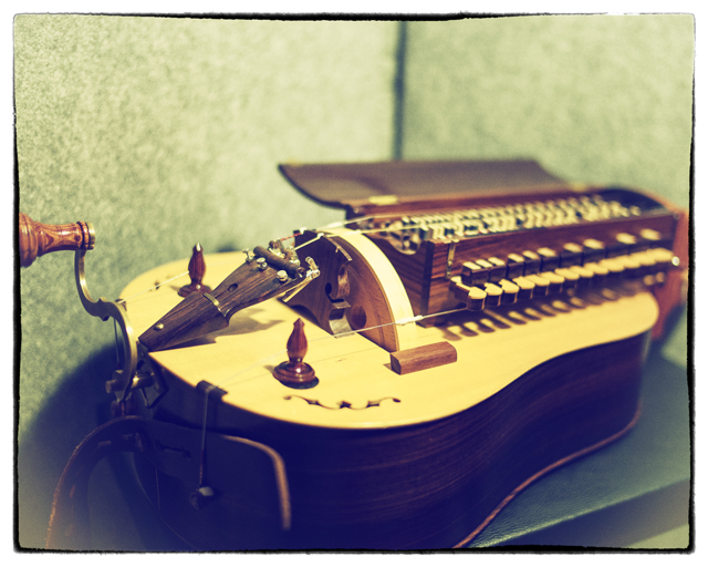 The acoustic hurdy-gurdy we sampled to make our Kontakt version