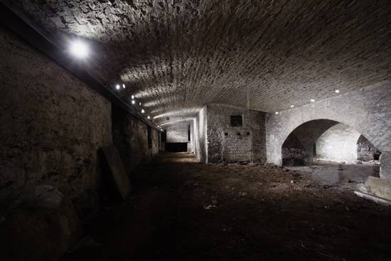 Crypt-photo