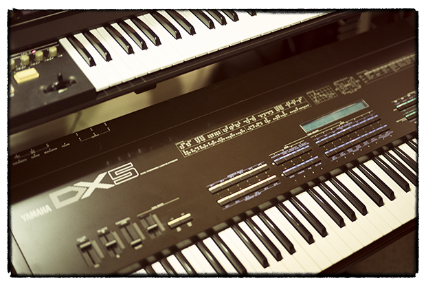 dx5-kontakt-instrument-2-of-3